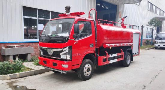 国六东风4吨消防洒水车