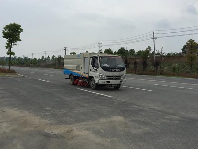 江特牌JDF5070TSLB5型扫路车